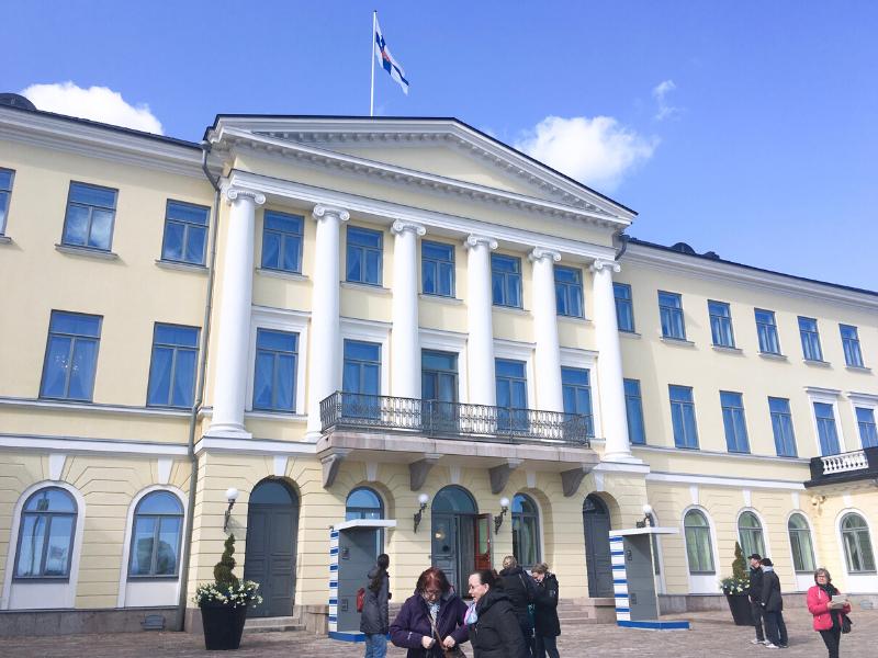 Finlândia, Helsinki, cultura finlandesa, brasileiras pelo mundo, palácio precidencial, tour, guia de viagem, atrações em Helsinki