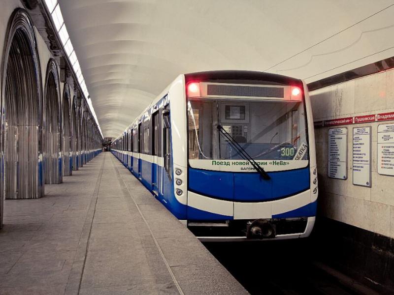 São Petersburgo, Rússia, transporte, transporte público, como se locomover, metro da Rússia
