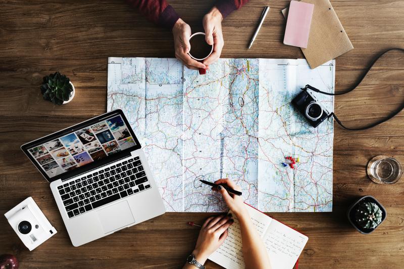 viajar é preciso, viagem, destino, viajando pelo mundo, #ondeestálili, #heyiamlili, morar fora, morando fora, turismo, roteiro de viagem, viajar, mochilão, mochilando, blog de viagem,